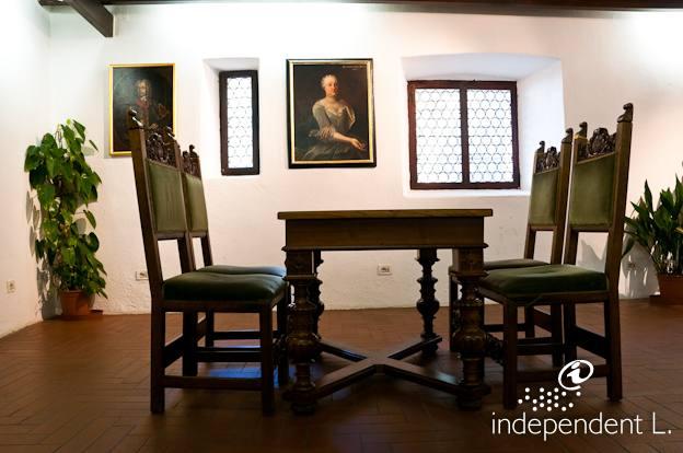 Princes Furniture Kitchen Island Chairs